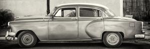 Cuba Fuerte Collection Panoramic BW - Beautiful Retro Car by Philippe Hugonnard