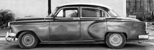 Cuba Fuerte Collection Panoramic BW - Beautiful Vintage Car by Philippe Hugonnard