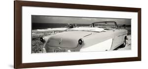 Cuba Fuerte Collection Panoramic BW - Cabriolet Classic Car by Philippe Hugonnard