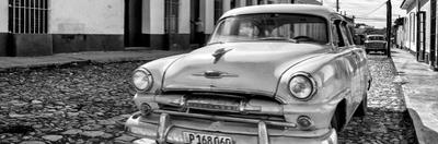 Cuba Fuerte Collection Panoramic BW - Plymouth Classic Car II