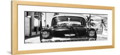 Cuba Fuerte Collection Panoramic BW - Retro Chevy