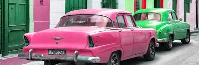 Cuba Fuerte Collection Panoramic - Classic American Cars - Pink & Green