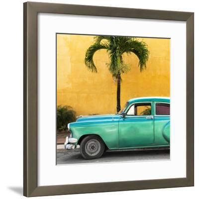 Cuba Fuerte Collection SQ - Beautiful Retro Green Car