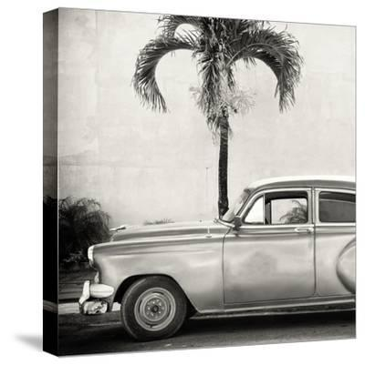 Cuba Fuerte Collection SQ BW - Beautiful Retro Car