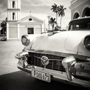 Cuba Fuerte Collection SQ BW - Classic Car in Santa Clara by Philippe Hugonnard