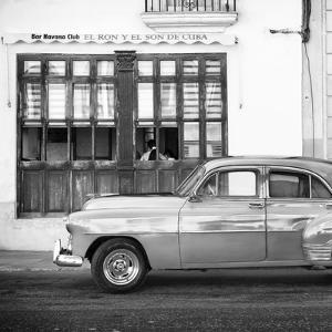 Cuba Fuerte Collection SQ BW - Havana Club and Classic Car by Philippe Hugonnard