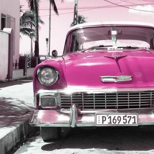 Cuba Fuerte Collection SQ - Pink Chevy by Philippe Hugonnard