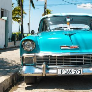 Cuba Fuerte Collection SQ - Turquoise Chevy by Philippe Hugonnard