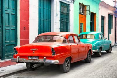 Cuba Fuerte Collection - Two Classic American Cars - Red & Turquoise
