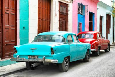 Cuba Fuerte Collection - Two Classic American Cars - Turquoise & Red