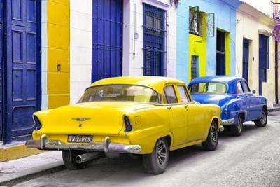 Cuba Fuerte Collection - Two Classic American Cars - Yellow & Blue