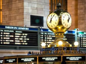Grand Central Terminal's Four-Sided Seth Thomas Clock - Manhattan - New York by Philippe Hugonnard