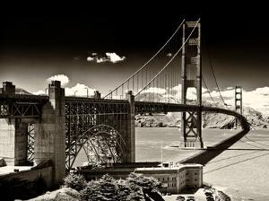 Landscape - Golden Gate Bridge - San Francisco - California - United States by Philippe Hugonnard