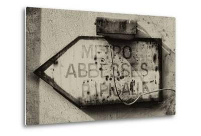 Paris Focus - Old Subway Directional Sign