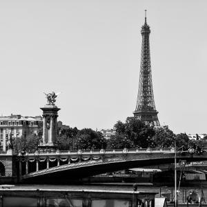 Paris Focus - Paris Bridge by Philippe Hugonnard