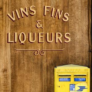 Paris Focus - Vins Fins & Liqueurs by Philippe Hugonnard