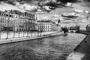 Quais de Seine - Ile Saint Louis - Seine River - Paris - France by Philippe Hugonnard