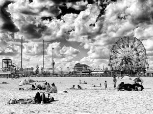 Vintage Beach, Wonder Wheel, Black and White Photography, Coney Island, Brooklyn, New York, US by Philippe Hugonnard