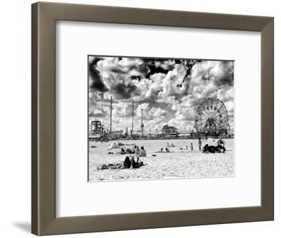 Vintage Beach, Wonder Wheel, Black and White Photography, Coney Island, Brooklyn, New York, US