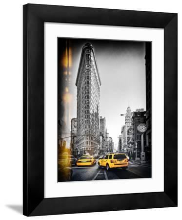 Vintage Black and White Series - Flatiron Building and Yellow Cabs - Manhattan, New York, USA