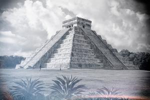 ¡Viva Mexico! B&W Collection - El Castillo Pyramid - Chichen Itza by Philippe Hugonnard