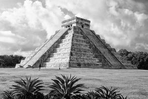 ¡Viva Mexico! B&W Collection - El Castillo Pyramid II - Chichen Itza by Philippe Hugonnard