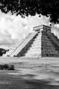 ¡Viva Mexico! B&W Collection - El Castillo Pyramid in Chichen Itza XI by Philippe Hugonnard