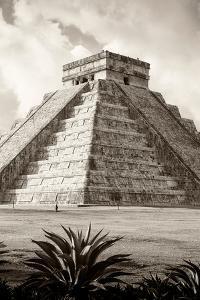 ?Viva Mexico! B&W Collection - El Castillo Pyramid IV - Chichen Itza by Philippe Hugonnard