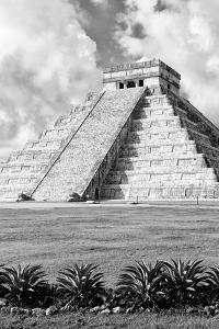 ¡Viva Mexico! B&W Collection - El Castillo Pyramid XI - Chichen Itza by Philippe Hugonnard