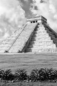 ¡Viva Mexico! B&W Collection - El Castillo Pyramid XI - Chichen Itza by Philippe Hugonnard
