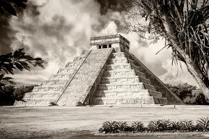 ¡Viva Mexico! B&W Collection - El Castillo Pyramid XIV - Chichen Itza by Philippe Hugonnard