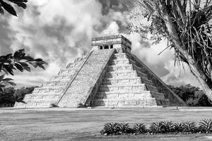 ¡Viva Mexico! B&W Collection - El Castillo Pyramid XV - Chichen Itza by Philippe Hugonnard