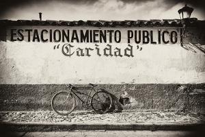 ?Viva Mexico! B&W Collection - Estacionamiento Publico by Philippe Hugonnard