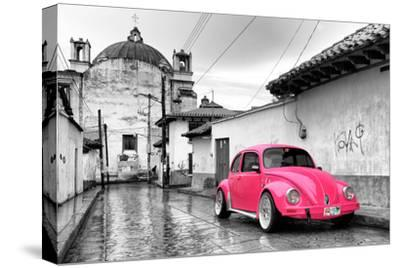 ¡Viva Mexico! B&W Collection - Hot Pink VW Beetle Car in San Cristobal de Las Casas