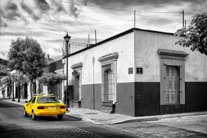 ¡Viva Mexico! B&W Collection - Mexican Street Oaxaca II by Philippe Hugonnard