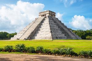 ¡Viva Mexico! Collection - El Castillo Pyramid in Chichen Itza II by Philippe Hugonnard