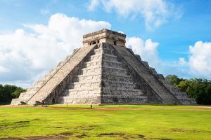¡Viva Mexico! Collection - El Castillo Pyramid in Chichen Itza by Philippe Hugonnard