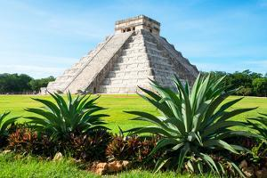 ¡Viva Mexico! Collection - El Castillo Pyramid of the Chichen Itza by Philippe Hugonnard