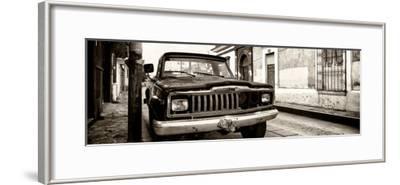 ¡Viva Mexico! Panoramic Collection - Old Jeep in San Cristobal de Las Casas III