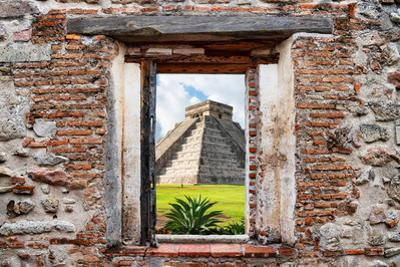 ¡Viva Mexico! Window View - Pyramid of the Chichen Itza by Philippe Hugonnard