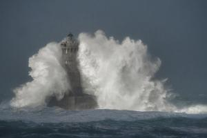 Bretagne Lighthouse by Philippe Manguin