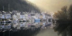 Bretagne, Port Launay by Philippe Manguin