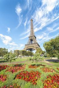 Eiffel tower colored garden by Philippe Manguin