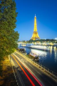Golden Eiffel tower by Philippe Manguin