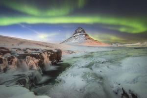 Kirkjufell Aurora III by Philippe Manguin