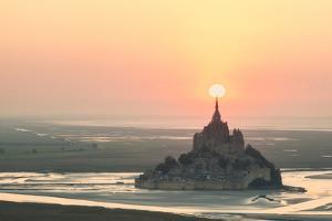 Mont Saint Michel Target by Philippe Manguin