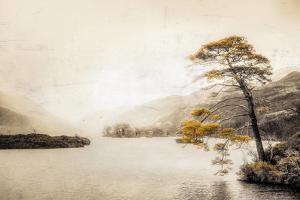 Vintage Loch Eilt by Philippe Saint-Laudy
