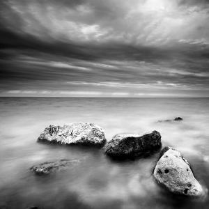 Waves on Rocks by PhotoINC