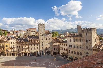 Piazza Grande, Arezzo, Val di Chiana, Arezzo District, Tuscany, Italy-Peter Adams-Photographic Print