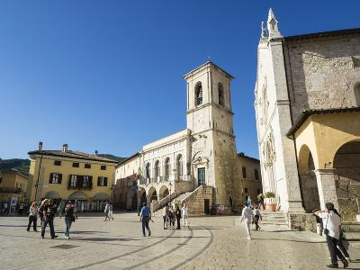 Piazza San Benedetto, Norcia, Umbria, Italy, Europe-Jean Brooks-Photographic Print